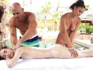 Bikini Hotties In A Naughty Massage Threesome