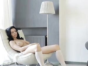 Breathtaking Babe In A Bra And Panty Set Masturbates