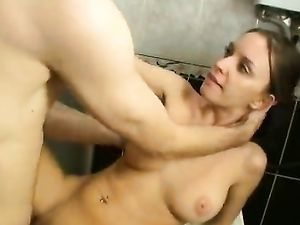 Hardcore Morning Quickie With His Busty Teenage GF