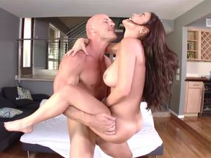 Perfect Big Tits On A Cock Loving Brunette Beauty