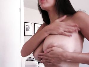 Cum Fills The Hot Mouth Of This Curvy Fuck Slut